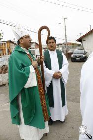 Arzobispo de Chomalí con el Padre Nano
